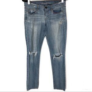 🌷AEO Skinny Stretch Light Wash Distress Jeans